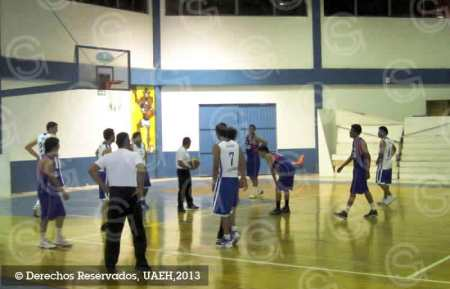 UAEH venció a la Escuela del Valle del Mezquital en baloncesto
