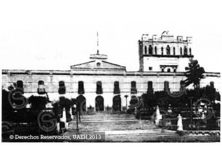 Celebra UAEH 144 años de vida institucional
