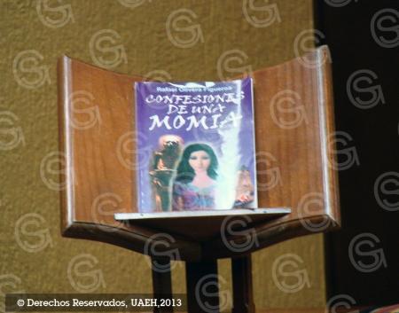 Se presentó el libro Memorias de una momia en el marco de la Tradicional Comida del Recuerdo