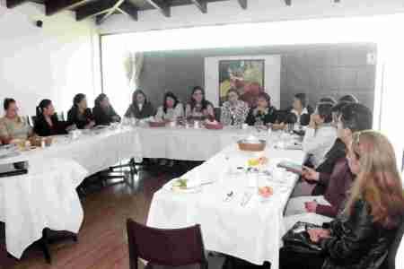 reunion presidentas municipales del dif