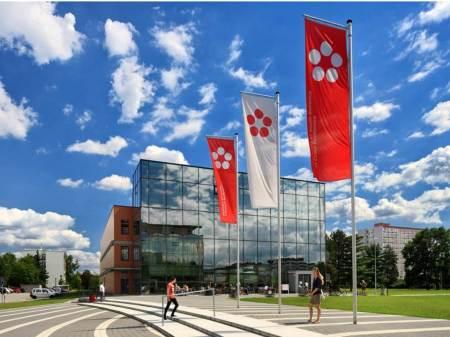 UAEH establece colaboración con instituciones de República Checa