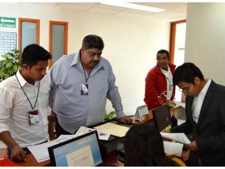 Aspirantes a candidatos independientes a las alcaldías de Actopan y Tulancingo solicitan registro en el IEEH4