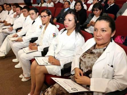 Favorece Hospital del Niño DIF formación de nuevos pediatras4