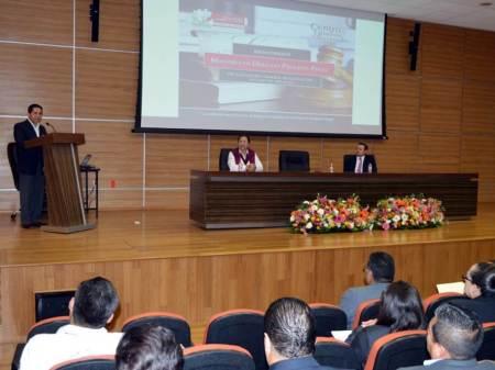 Inicia Maestría en Derecho Procesal Penal para personal de la PGJEH
