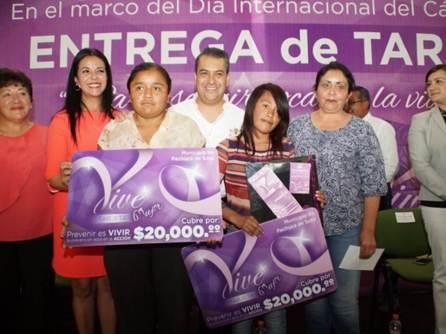 Se han entregado en Pachuca más de 9 mil tarjetas del programa Vive Mujer4