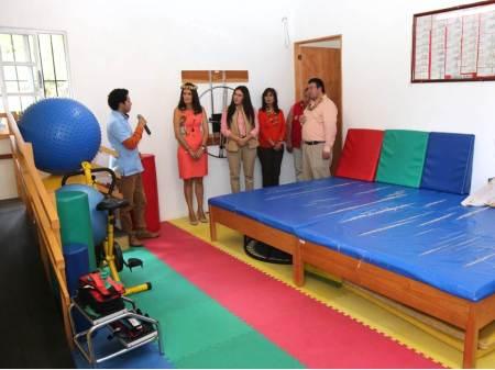 Beneficia DIF con ayudas técnicas a 59 habitantes de Acaxochitlán