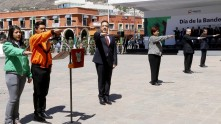 honrar-a-nuestra-bandera-no-se-puede-limitar-a-una-ceremonia-civica3