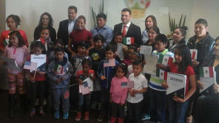 Municipio de San Salvador entrega actas de doble nacionalidad.jpg