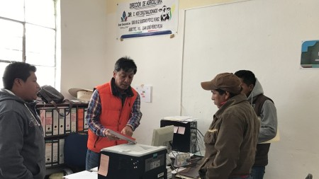 Municipio de San Salvador prepara venta de aves.jpg