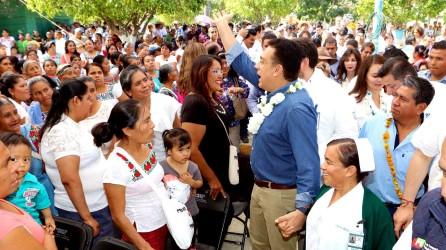 omar-fayad-reitera-su-compromiso-por-la-salud-de-los-mas-necesitados9