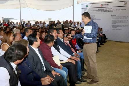 prioridad-impulsar-el-desarrollo-del-estado-con-obras-y-proyectos-que-eleven-la-calidad-de-vida-de-los-hidalguenses-omar-fayad4