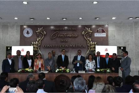 realizan-en-el-congreso-del-estado-una-conferencia-sobre-el-articulo-3ro-constitucional2