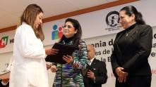 se-graduan-medicos-especialistas-en-el-hospital-del-nino-dif2