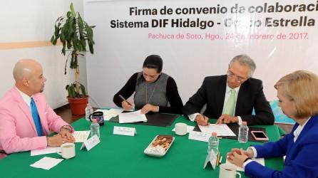 sistema-dif-hidalgo-firma-convenio-de-colaboracion-con-la-empresa-estrella-blanca3