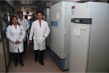 supervisa-secretario-de-salud-funcionamiento-del-laboratorio-estatal2