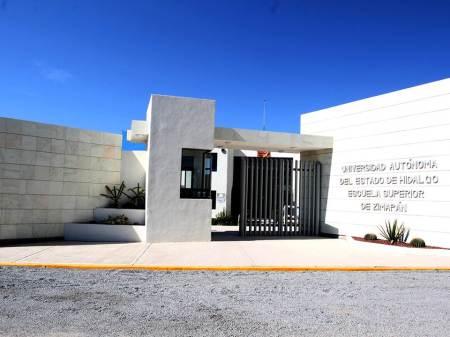 Acerca UAEH licenciaturas a la región de Zimapán1