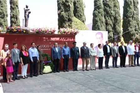Autoridades encabezadas por el secretario general Simón Vargas rinden homenaje a exgobernador José Lugo Guerrero4