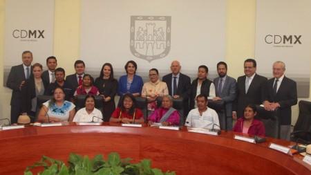 CDI y el Gobierno de la Ciudad de México firman Acuerdo para crear el Centro Cultural y Artesanal Indígena2.jpg