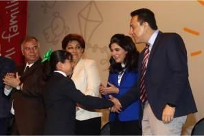 """Da inicio el VIII Congreso de la Familia """"Sinergia"""" mi familia, mi equipo"""