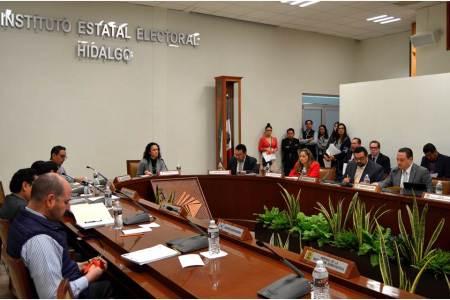 IEE aprueba aplicar las sanciones para partidos que incumplieron con la normatividad en sus finanzas2
