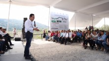 Inaugura Omar Fayad obras importantes para habitantes de la Misión y Jacala7