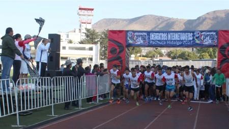 la-escuela-julian-villagran-cierra-aniversario-con-carrera-atletica1