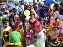 Llevan a cabo desfile conmemorativo y Primera Muestra Artesanal 5