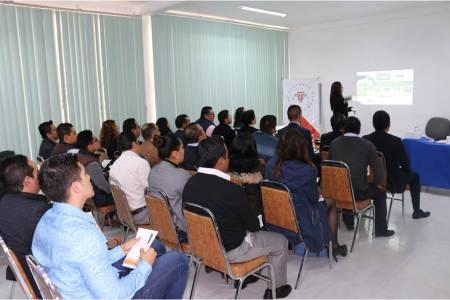 PGR realiza conferencia en la Escuela Libre de Derecho