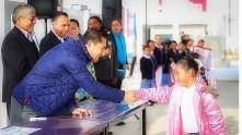 Raúl Camacho encabeza lunes cívico en escuelas de Mineral de la Reforma3