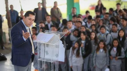 Raúl Camacho encabeza lunes cívico en escuelas de Mineral de la Reforma7