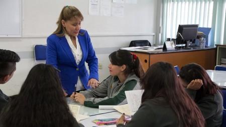 Sayonara Vargas convive con estudiantes del COBAEH plantel Mineral de la Reforma.jpg