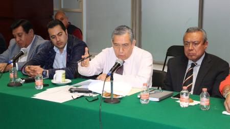 Secretario de Gobierno atiende a comuneros de Tlaxcoapan1.jpg