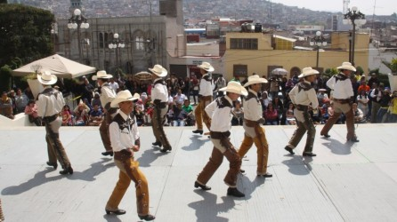 segundo-festival-nacional-de-danza-en-uaeh3