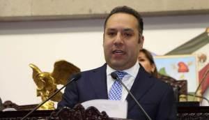 Vacuna contra virus del papiloma humano debe incluirse en cuadro básico de vacunación, Canek Vázquez