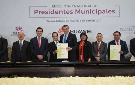 Alfonso Delgadillo asume cargo directivo 2