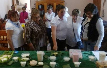 Clausura Santiago Tulantepec talleres dirigidos a mujeres.jpg