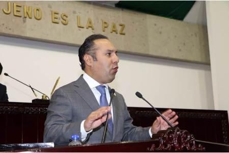 """Congreso de Hidalgo a favor de reducción de """"pluris"""", Canek Vázquez"""