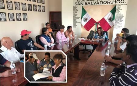 Delegados del Valle de Santa Maria Amajac firman acta de acuerdos