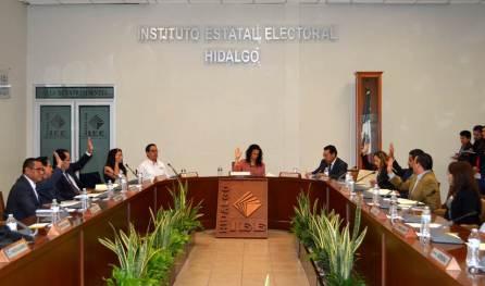 En reunión aprueban en el IEE actas de sesiones de abril