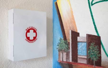 IMSS invita a tener un botiquín de primeros auxilios en caso de emergencia
