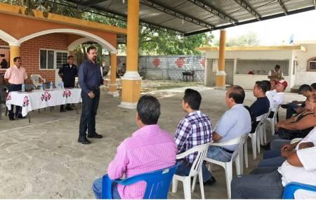 Mauricio Delmar Saavedra, sostuvo una reunión de trabajo con representantes del gremio de taxistas..jpg