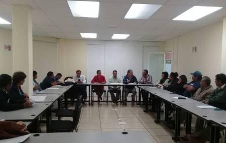 Presidenta municipal  de San Salvador y vecinos asisten a la subsecretaria de salud de Hidalgo2.jpg