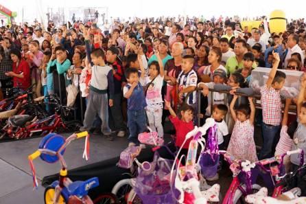 PRI celebra el Día del Niño con más de mil familias hidalguenses2