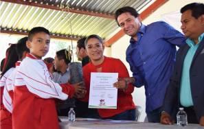 SEMARNAT entrega árboles en el municipio de San Salvador1