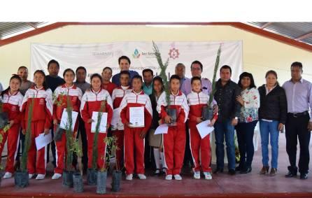 SEMARNAT entrega árboles en el municipio de San Salvador4
