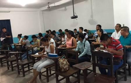 Aprueban intérpretes de la lengua Náhuatl certificación del INALI1.jpg