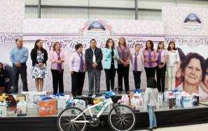 Ayuntamiento y DIF municipal de Mineral de la Reforma festejan el Día de las Madres 1