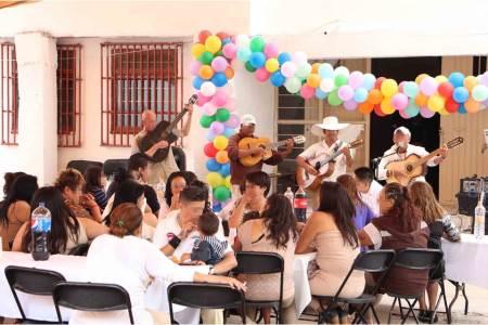 Celebran Día de las Madres en Cereso de Pachuca
