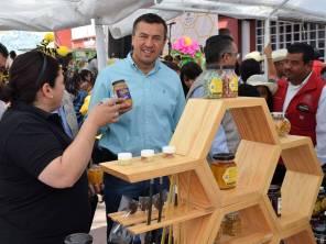 Clausura Alfonso Delgadillo la Semana de la Promoción y Degustación de la Miel de Abeja2