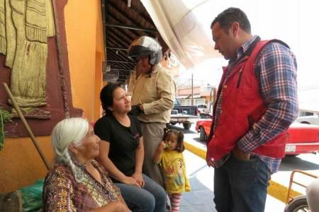 Ernesto Vázquez planteará propuesta para facilitar acceso a crédito solicitados por mujeres para emprender sus propios negocios